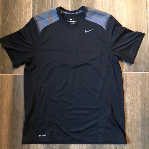 impresa Isole Faroe Visibile  Nike Shirts | Mens Nike Training Shirt | Poshmark